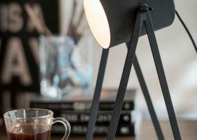 Lámpara de hierro foco